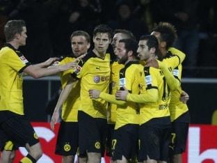 Borussia Dortmund Win, Wolfsburg Held by Schalke in Bundesliga