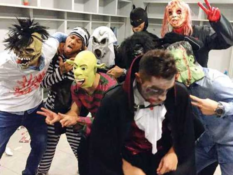 barcelona players apologise for halloween prank