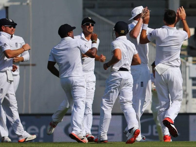 3rd Test: James Anderson Helps England Dominate Proceedings Against Pakistan in Sharjah