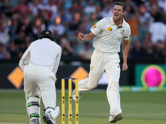 New Zealand Struggle as Wickets Tumble Again in Day-Night Test