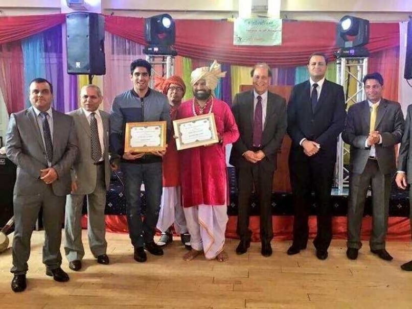 Vijender Singh Felicitated by Haryana Association in UK