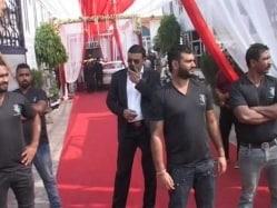 Four Held for Manhandling Media Persons at Harbhajan Singh's Wedding