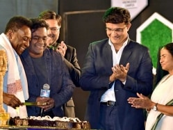 Kolkata Celebrates Pele's Birthday in Advance
