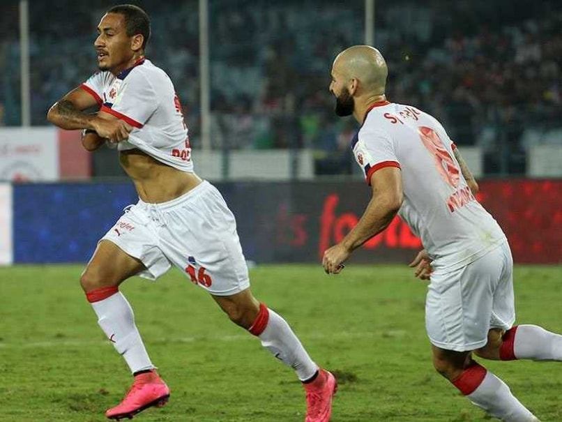 Indian Super League: Delhi Dynamos Look to go on Top Against NorthEast United