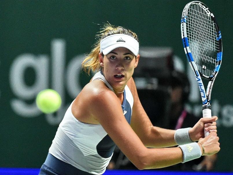 Garbine Muguruza Overpowers Lucie Safarova in WTA Finals