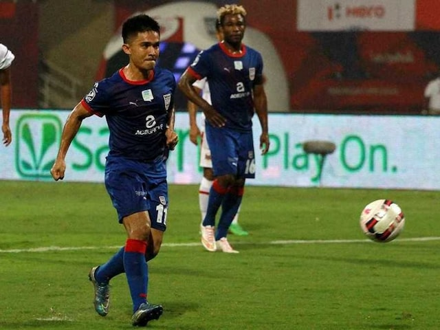 ISL: Sunil Chhetri Hat-Trick helps Mumbai City FC Thrash North East United FC