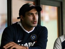 Pakistan Cricket Board Ropes in Robin Singh as Coach for its Lucrative T20 League