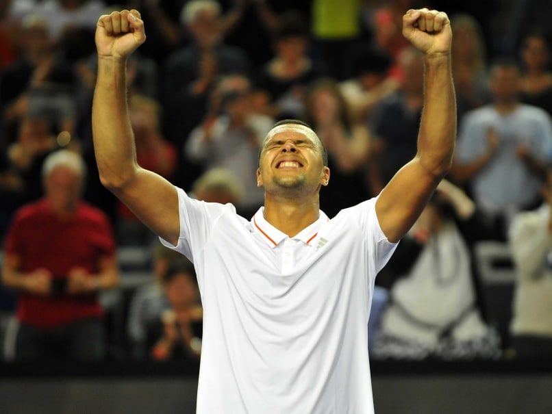 Jo-Wilfried Tsonga Defeats Gilles Simon to Win Metz Open