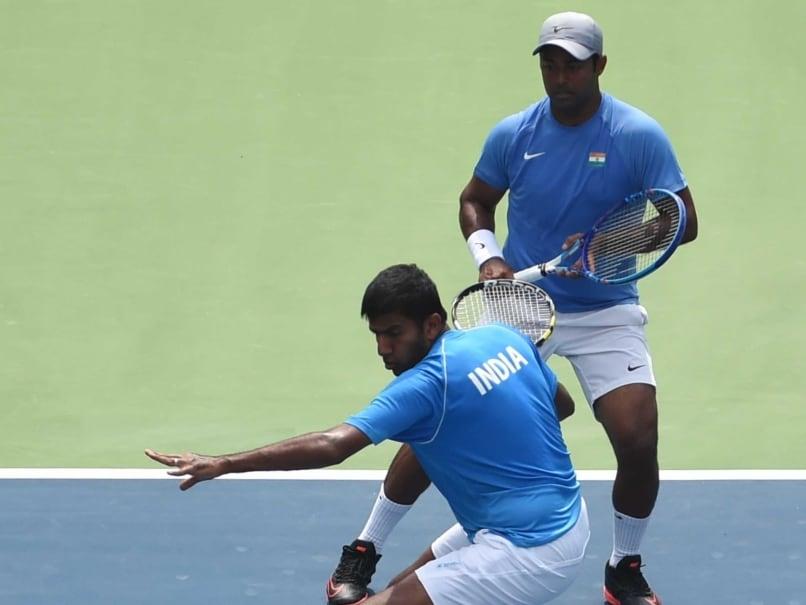 Davis Cup: Shock Doubles Defeat for Leander Paes-Rohan Bopanna; Advantage Czech Republic
