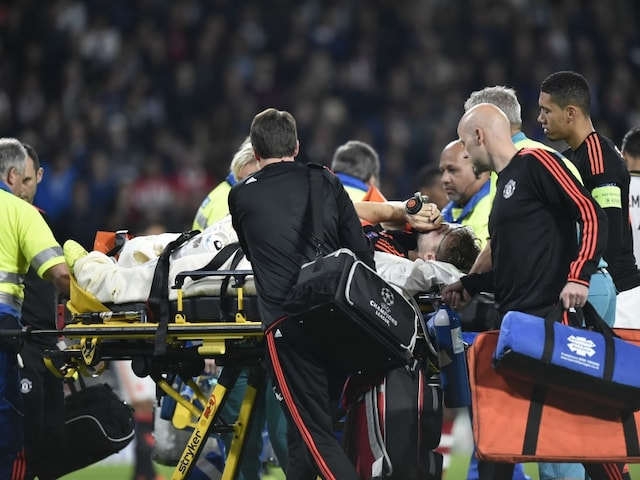 Champions League: Broken Leg for Luke Shaw as Manchester United F.C. Suffer Nightmare at PSV