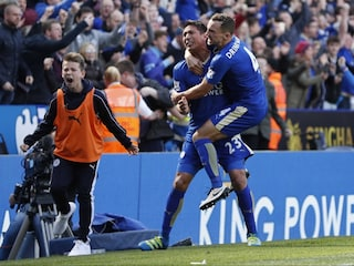 Leonardo Ulloas Late Penalty Rescues Point For Leicester City, Arsenal F.C. Stumble Again
