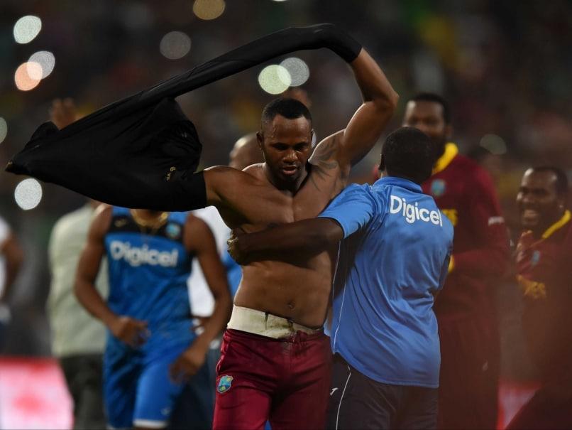 World T20: Marlon Samuels Takes Pot-Shot at Shane Warne Post West Indies