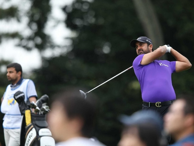 Shiv Kapur Grabs Lead After Third Round of Panasonic Open Golf