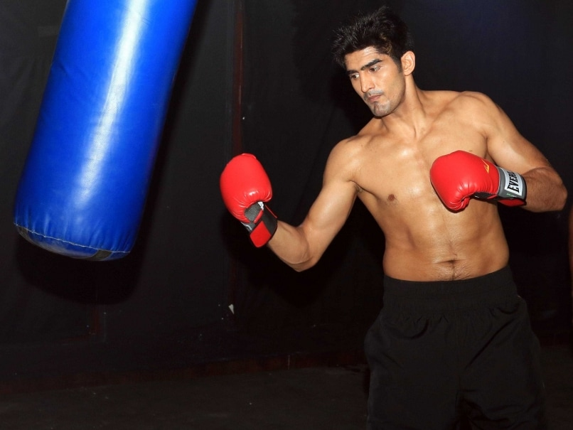 Live Streaming Pro Boxing: Vijender Singh vs Matiouze Royer: Live Boxing Score and Updates