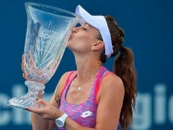 Poland's Agnieszka Radwanska Wins Connecticut Open