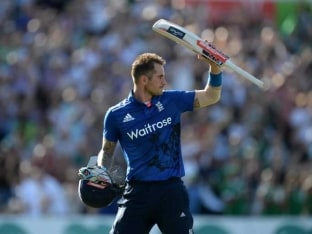 Alex Hales Powers England to World Record Score of 444/3, Batters Pakistan