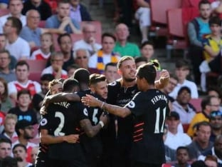Premier League: Liverpool Edge Arsenal, Winning Start For Manchester United