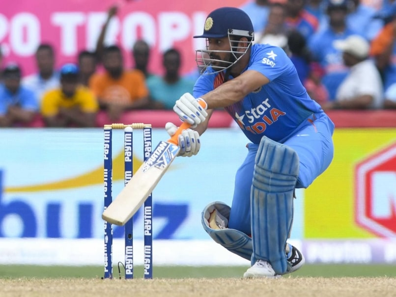 Mahendra Singh Dhoni Admits Failing to Execute Last Ball in India