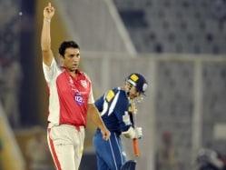 Azhar Mahmood Named Pakistan's Interim Bowling Coach