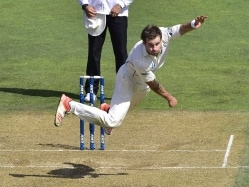 New Zealand Pacer Doug Bracewell Out of Second Test vs Australia