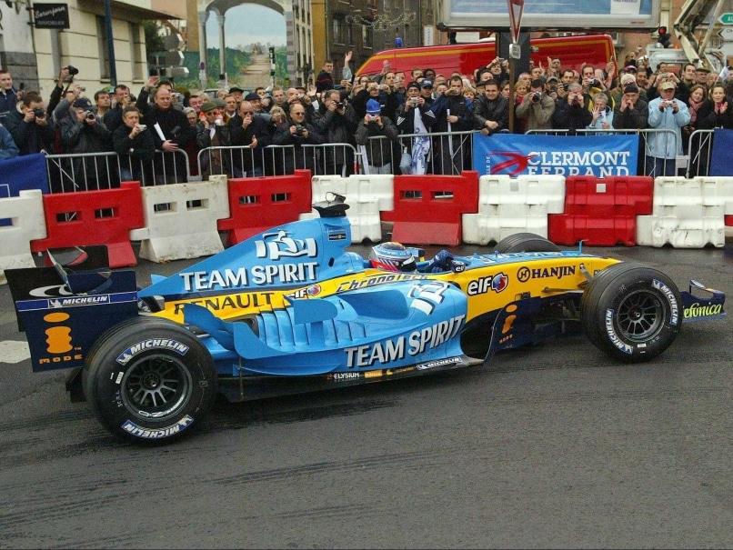 Formula One: Renault Replace Pastor Maldonado With Kevin Magnussen