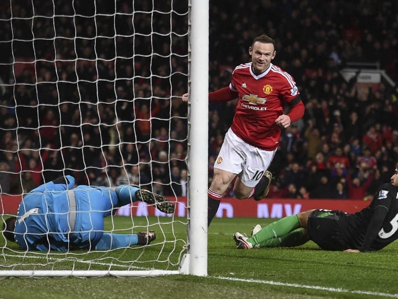 Wayne Rooney Helps Manchester United F.C. Rout Stoke City F.C.