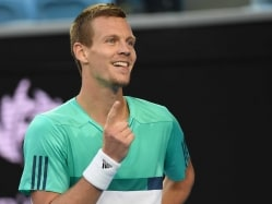 Tomas Berdych Outlasts Roberto Bautista Agut in Five Sets to Reach Quarterfinals