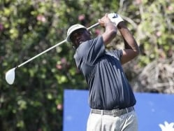 Sizzling Vijay Singh Turns Back Clock in Hawaii