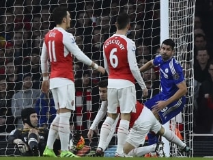 Chelsea F.C.'s Diego Costa Checks 10-Man Arsenal F.C.'s Title Charge in English Premier League