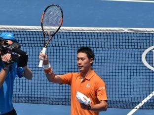 Australian Open: Kei Nishikori Defeats Philipp Kohlschreiber in Straight Sets