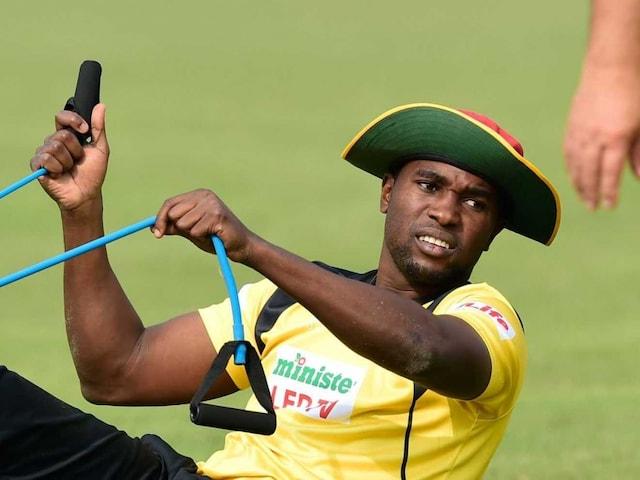 Elton Chigumbura Steps Down as Zimbabwe Captain