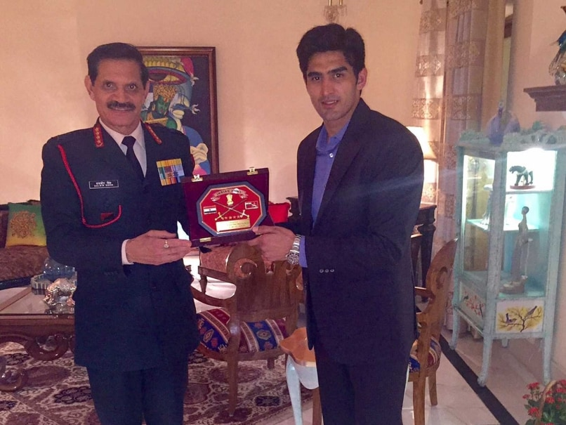 Indian Army Chief General Dalbir Singh Suhag Felicitates Vijender Singh