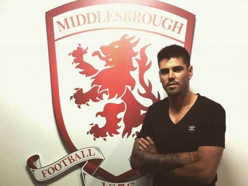 Middlesbrough Sign Former Barcelona Goalkeeper Victor Valdes