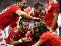 Euro 2016: Gareth Bale Inspires as Brilliant Wales Enter Last 16