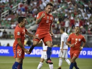 Copa America: Eduardo Vargas Scores Four as Chile Thrash Mexico to Reach Semis