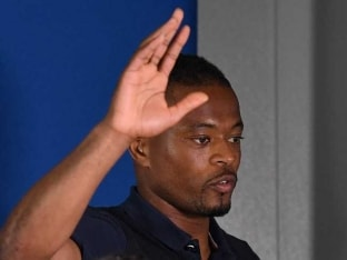 Patrice Evra Renews Juventus Contract Until June 2017