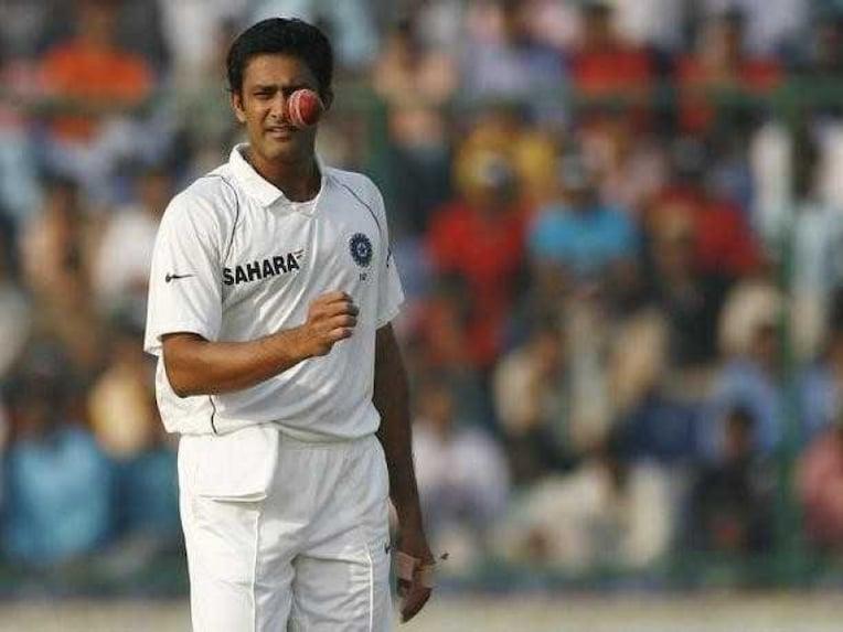 Anil Kumble bowling