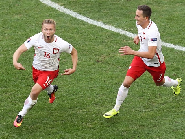 Euro 2016: Poland Beat Ukraine 1-0, Qualify For Last 16