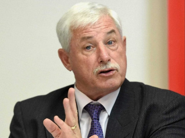 Day-Night Tests Are Future of Cricket, Says New Zealand Great Richard Hadlee