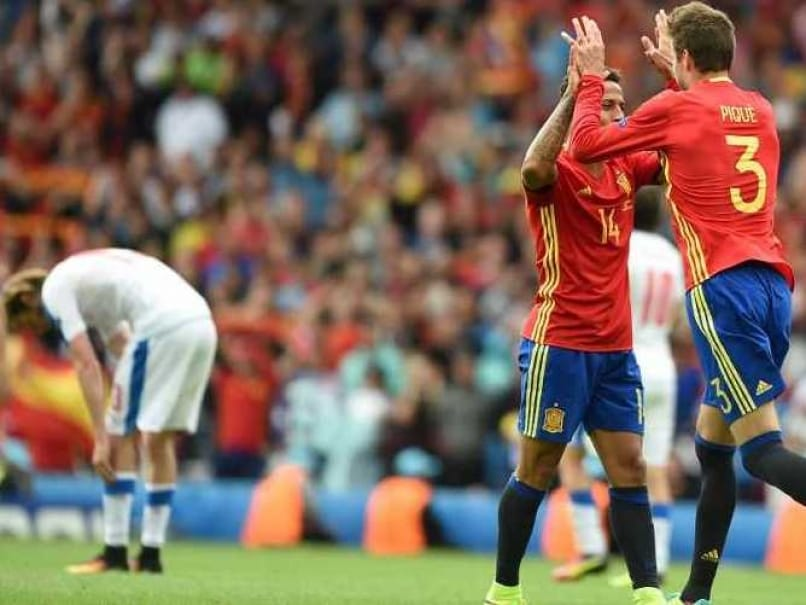 Euro 2016: Gerard Piques Winning Header Helps Spain Beat Czech Republic