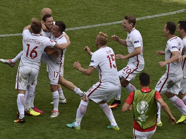 Euro 2016: Poland Beat Switzerland In Penalty Shoot-Out, Qualify For Quarter-Final
