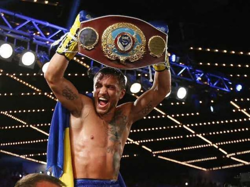 Vasyl Lomachenko Knocks Out Roman Martinez For Historic Second Featherweight Title