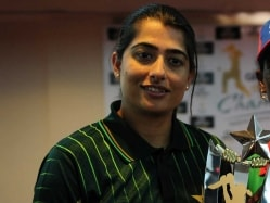 World T20: Mahendra Singh Dhoni my Favourite But Virat Kohli Mr Popular in Team, Says Pakistan Women's Captain
