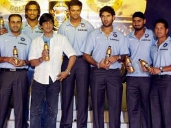 India vs Bangladesh World T20: Shah Rukh Khan to Team Up With Shoaib Akhtar on TV