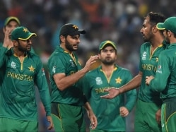 Former Pakistan Players Slam Team For Poor Show During World T20