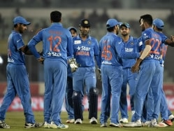 Ravi Shastri Urges Indian Players to Treat Asia Cup Final as Just Another Game