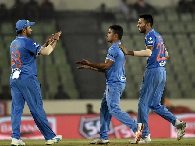 Mahendra Singh Dhoni And Team Helped me to Calm my Nerves: Pawan Negi