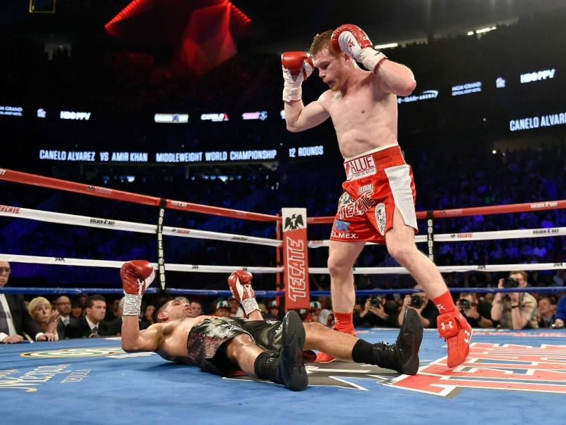 Canelo Alvarez Knocks Out Amir Khan to Retain WBC Middleweight Title