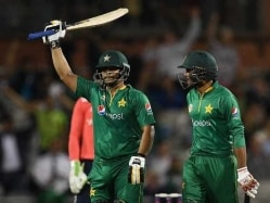 Sharjeel Khan And Khalid Latif Star as Pakistan Thrash England in One-Off T20I