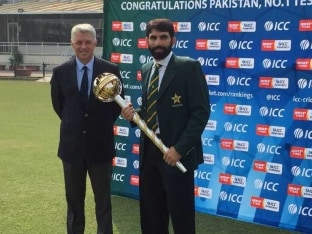 Misbah-ul-Haq, Pakistan Captain, Receives Prestigious ICC Test Championship Mace